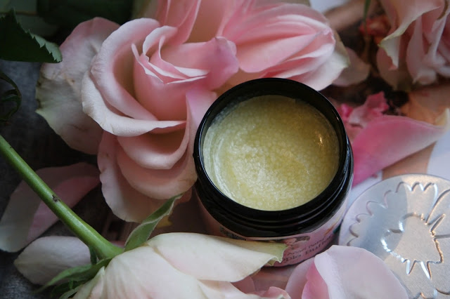«Natural Nipple Butter» fra skinlove.no – så mye mer enn en ammekrem