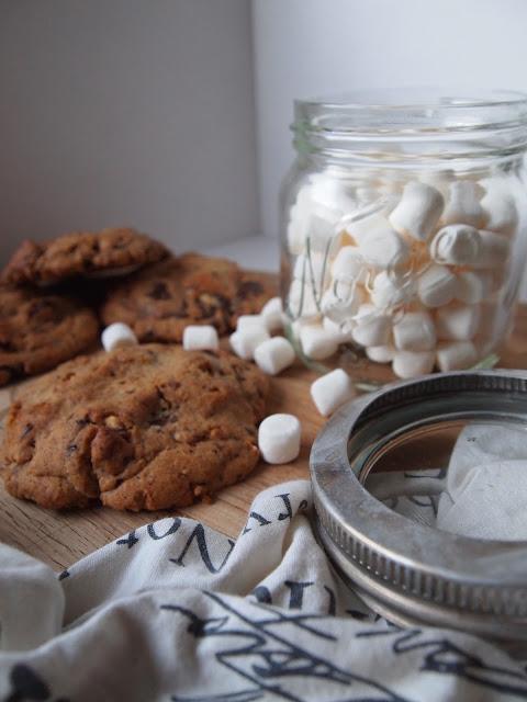 Hjemmelaget julegave – S'more Cookies