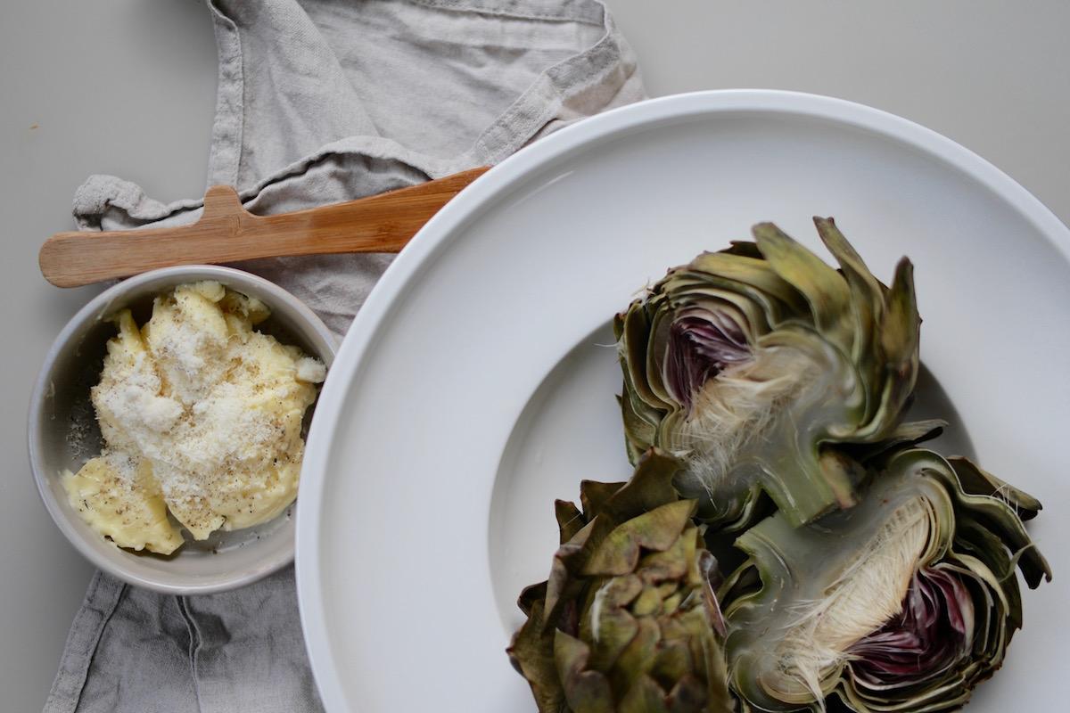 Artisjokker med parmesansmør