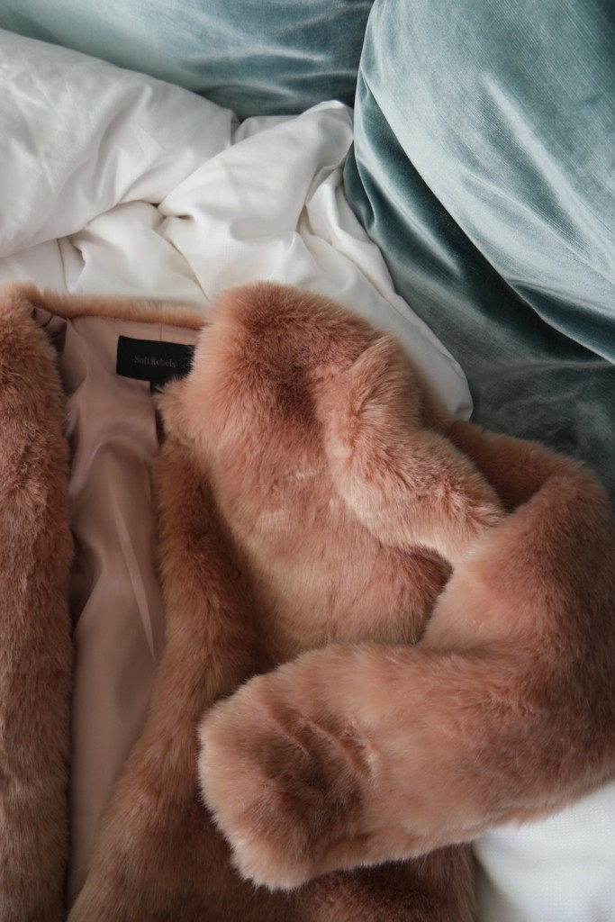 That peach pink faux fur - Ladybirds Nest