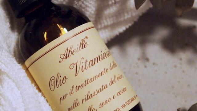 I baderomsskapet – Abeille vitaminolje