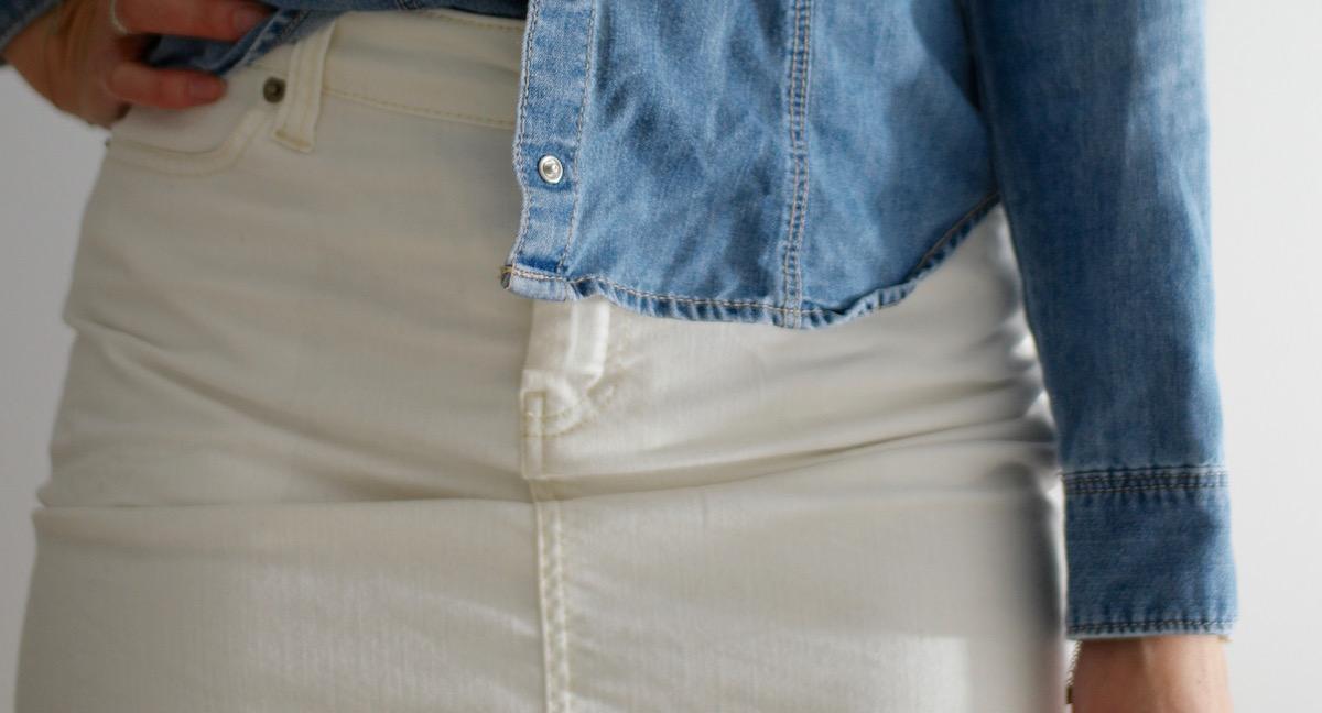 Chloe Skirt Basic Apparel – White Denim
